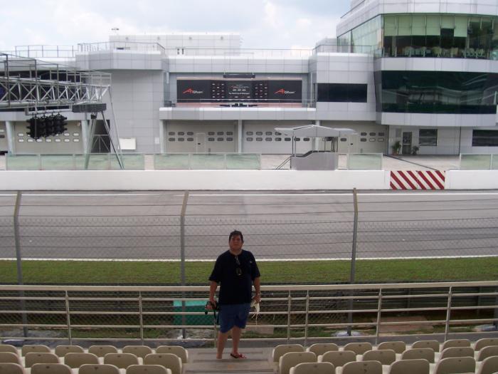 AlexCeli Sepang tribuna principal y semaforo